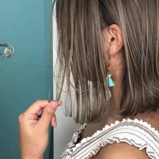 ミルクティーベージュ ボブ 外国人風カラー グレージュ ヘアスタイルや髪型の写真・画像