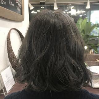 ナチュラル アッシュグレージュ グレージュ アッシュ ヘアスタイルや髪型の写真・画像