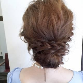 セミロング ヘアアレンジ シニヨン ゆるふわ ヘアスタイルや髪型の写真・画像