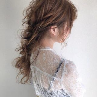 ヘアアレンジ ロング 結婚式 ナチュラル ヘアスタイルや髪型の写真・画像 ヘアスタイルや髪型の写真・画像