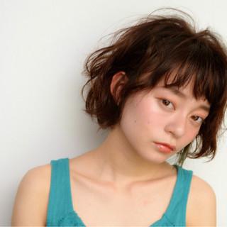 ハイライト アッシュ フェミニン 前髪あり ヘアスタイルや髪型の写真・画像