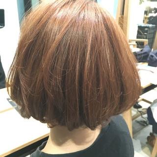 ゆるふわ 大人かわいい ボブ ベージュ ヘアスタイルや髪型の写真・画像