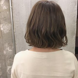 ナチュラル デート オフィス 外ハネ ヘアスタイルや髪型の写真・画像