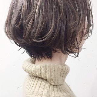 ショート 成人式 アンニュイほつれヘア 3Dハイライト ヘアスタイルや髪型の写真・画像 ヘアスタイルや髪型の写真・画像