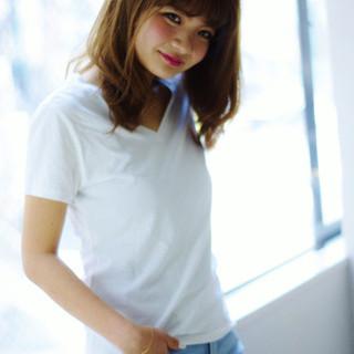 アッシュ 大人かわいい 外国人風 セミロング ヘアスタイルや髪型の写真・画像