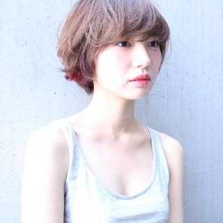 透明感 外国人風 インナーカラー くせ毛風 ヘアスタイルや髪型の写真・画像