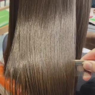ミルクティーグレージュ 髪質改善カラー 艶髪 セミロング ヘアスタイルや髪型の写真・画像