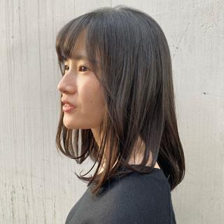 ナチュラル ゆるふわパーマ パーマ ミディアム ヘアスタイルや髪型の写真・画像