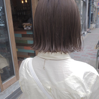 リラックス イルミナカラー ボブ ナチュラル ヘアスタイルや髪型の写真・画像