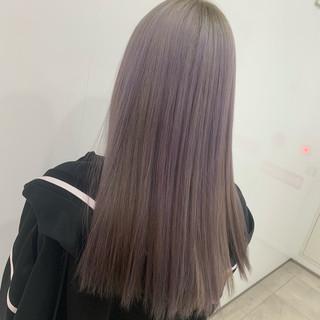 N.オイル ホワイトシルバー フェミニン ロング ヘアスタイルや髪型の写真・画像