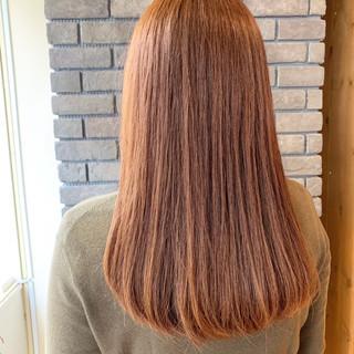 フェミニン セミロング オレンジブラウン デート ヘアスタイルや髪型の写真・画像 ヘアスタイルや髪型の写真・画像