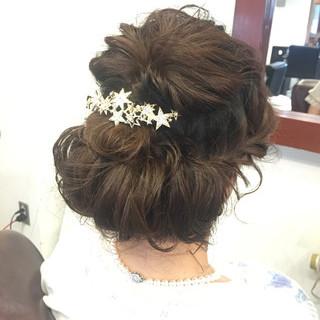 セミロング 編み込み 結婚式 ナチュラル ヘアスタイルや髪型の写真・画像