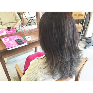 ミディアム 外国人風 グラデーションカラー ストリート ヘアスタイルや髪型の写真・画像