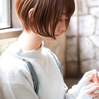 前下がり 大人女子 小顔 フェミニン ヘアスタイルや髪型の写真・画像