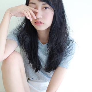 暗髪 黒髪 ゆるふわ ガーリー ヘアスタイルや髪型の写真・画像 ヘアスタイルや髪型の写真・画像