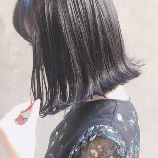 外ハネ パーマ ナチュラル 切りっぱなし ヘアスタイルや髪型の写真・画像