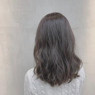 ハイライト 外国人風カラー 透明感カラー ナチュラル ヘアスタイルや髪型の写真・画像