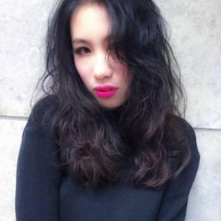 アップスタイル ストリート ロング 暗髪 ヘアスタイルや髪型の写真・画像