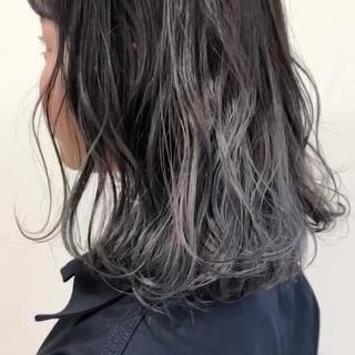 ブリーチオンカラー ブリーチ フェミニン ホワイトグレージュ ヘアスタイルや髪型の写真・画像