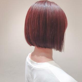 ピンクブラウン ミニボブ 切りっぱなしボブ ナチュラル ヘアスタイルや髪型の写真・画像