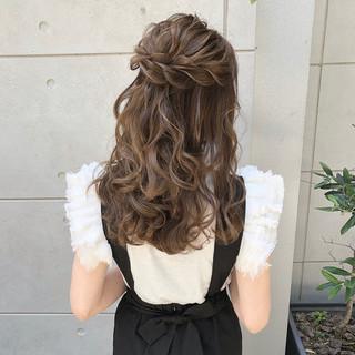セミロング ハーフアップ 大人可愛い ヘアアレンジ ヘアスタイルや髪型の写真・画像
