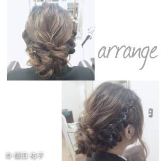 編み込み ロング ナチュラル 二次会 ヘアスタイルや髪型の写真・画像