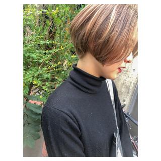 ショート ハイライト ミニボブ ショートボブ ヘアスタイルや髪型の写真・画像