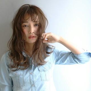 ゆるふわ 外国人風 ハイライト アッシュ ヘアスタイルや髪型の写真・画像