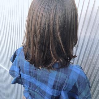ナチュラル 前髪あり グレージュ ミディアム ヘアスタイルや髪型の写真・画像