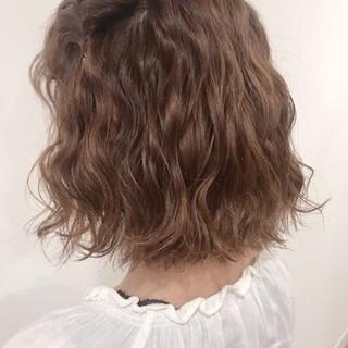 リラックス ヘアアレンジ ナチュラル 簡単ヘアアレンジ ヘアスタイルや髪型の写真・画像