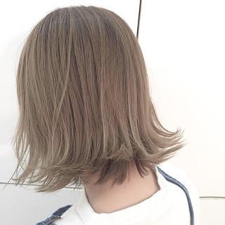 ブラウン アッシュ 外ハネ 外国人風 ヘアスタイルや髪型の写真・画像