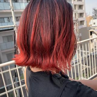 赤髪 バレイヤージュ 3Dハイライト ボブ ヘアスタイルや髪型の写真・画像