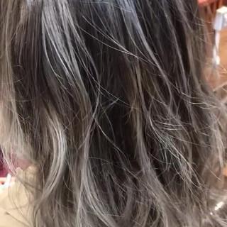 ガーリー セミロング ハイライト 外国人風カラー ヘアスタイルや髪型の写真・画像
