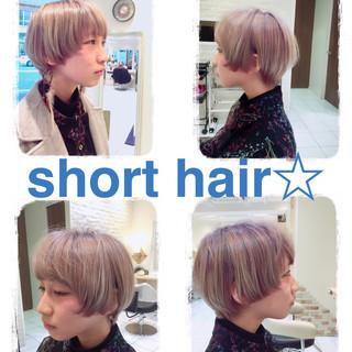 ショートボブ ショート ハイトーン 小顔 ヘアスタイルや髪型の写真・画像