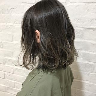 グラデーションカラー ナチュラル 外国人風カラー 外国人風 ヘアスタイルや髪型の写真・画像 ヘアスタイルや髪型の写真・画像