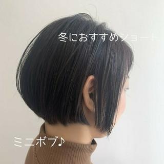 ミニボブ ナチュラル 秋冬スタイル ショートボブ ヘアスタイルや髪型の写真・画像