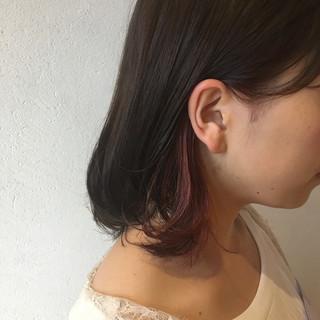 ピンクアッシュ ピンクラベンダー インナーカラー ボブ ヘアスタイルや髪型の写真・画像