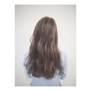 マルサラ 大人かわいい ストリート ロング ヘアスタイルや髪型の写真・画像 ヘアスタイルや髪型の写真・画像