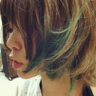 ストリート ボブ ダブルカラー グリーン ヘアスタイルや髪型の写真・画像