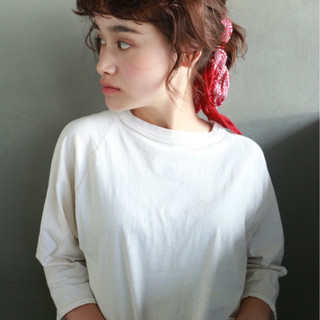 ポニーテール 前髪パーマ ボブ 無造作 ヘアスタイルや髪型の写真・画像 ヘアスタイルや髪型の写真・画像