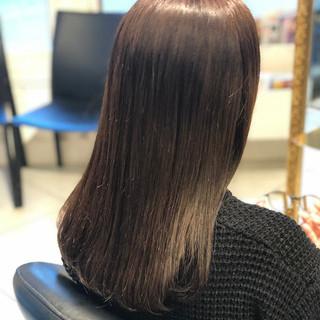 ツヤ髪 グレージュ イルミナカラー ナチュラル ヘアスタイルや髪型の写真・画像