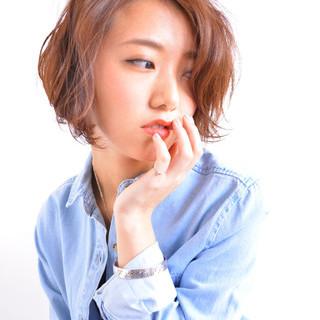 ショート パーマ アッシュ ハイライト ヘアスタイルや髪型の写真・画像
