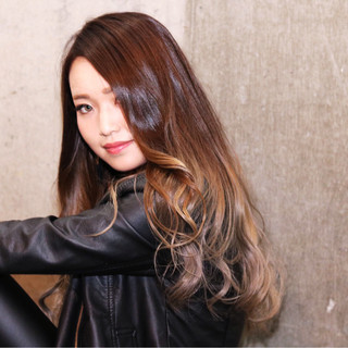 アッシュ ゆるふわ 暗髪 外国人風 ヘアスタイルや髪型の写真・画像