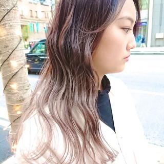 ブリーチ セミロング グラデーションカラー ストリート ヘアスタイルや髪型の写真・画像