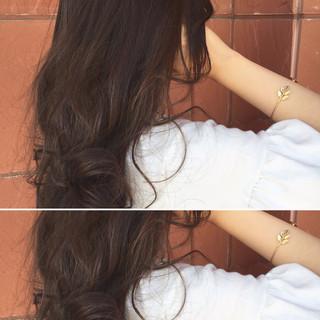 フェミニン アッシュ 暗髪 ロング ヘアスタイルや髪型の写真・画像 ヘアスタイルや髪型の写真・画像