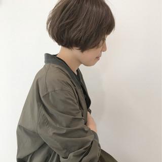 ショートボブ ゆるふわ 大人かわいい フェミニン ヘアスタイルや髪型の写真・画像
