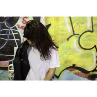 ストリート ストレート 暗髪 ウェットヘア ヘアスタイルや髪型の写真・画像