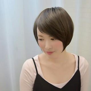 アッシュ 暗髪 斜め前髪 色気 ヘアスタイルや髪型の写真・画像