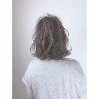 アウトドア 大人かわいい アンニュイ ゆるふわ ヘアスタイルや髪型の写真・画像 ヘアスタイルや髪型の写真・画像