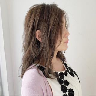 ナチュラル 大人女子 デート ゆるふわセット ヘアスタイルや髪型の写真・画像